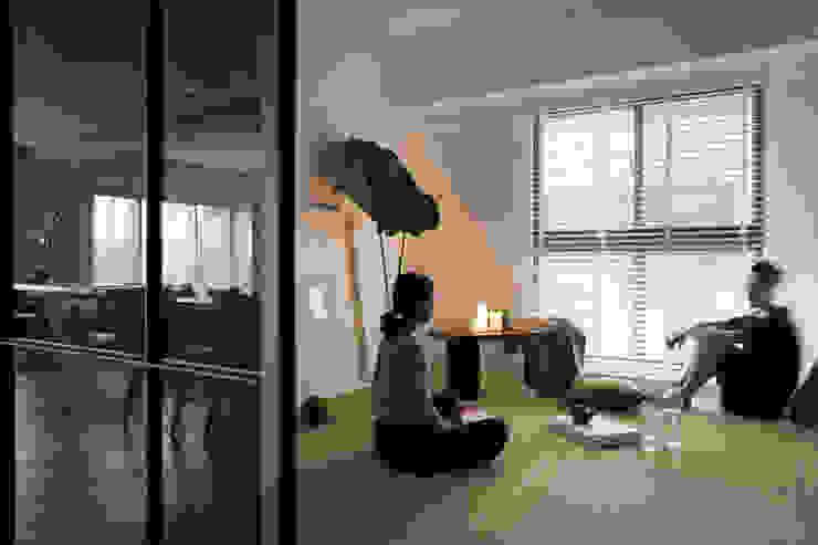 邑田空間設計 Cuartos de estilo moderno
