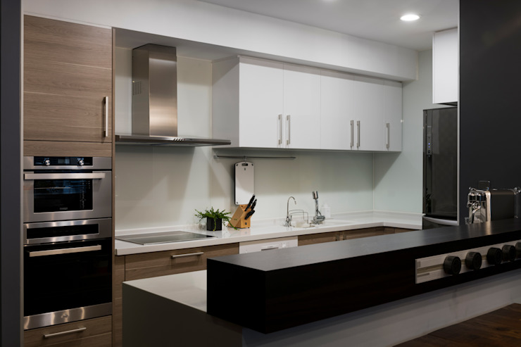 廚房 現代廚房設計點子、靈感&圖片 根據 邑田空間設計 現代風
