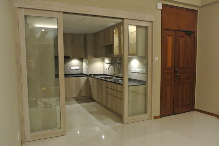 Open Concept Kitchen Modern kitchen by FINE ART LIVING PTE LTD Modern Plywood