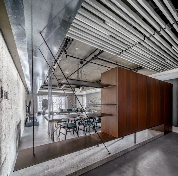 Eclectic style corridor, hallway & stairs by 沈志忠聯合設計 Eclectic