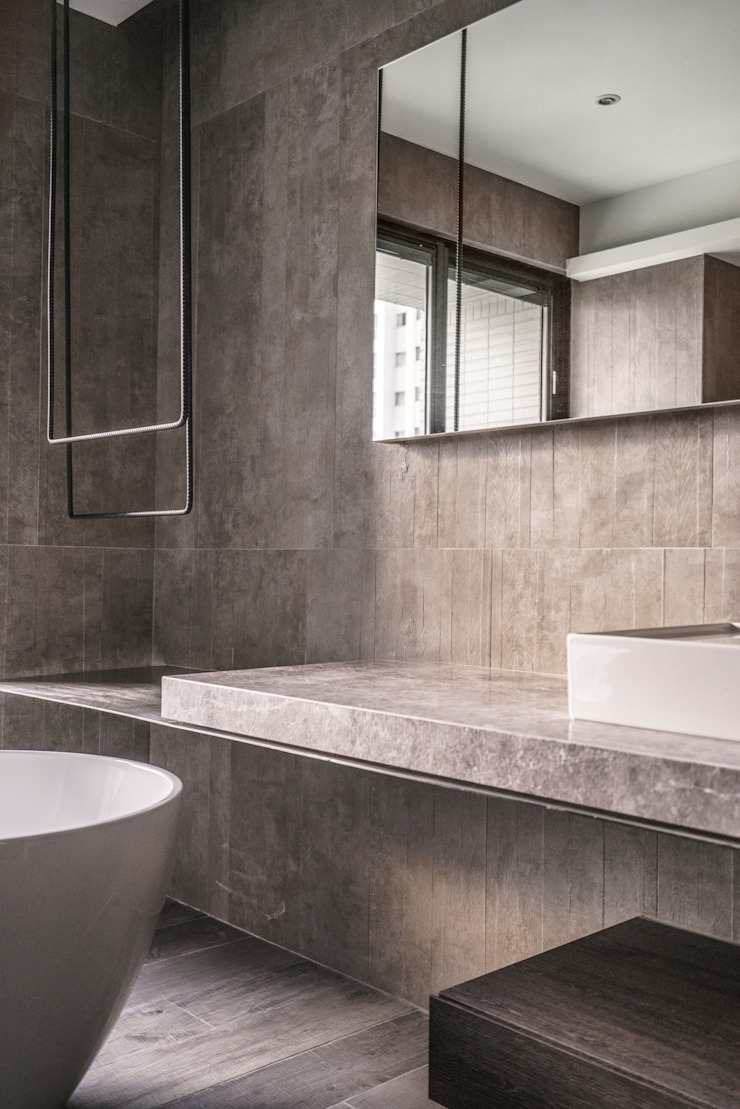 Eclectic style bathroom by 沈志忠聯合設計 Eclectic