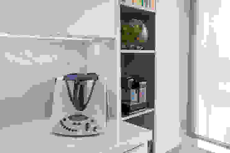Moderestilo - Cozinhas e equipamentos Lda KitchenStorage