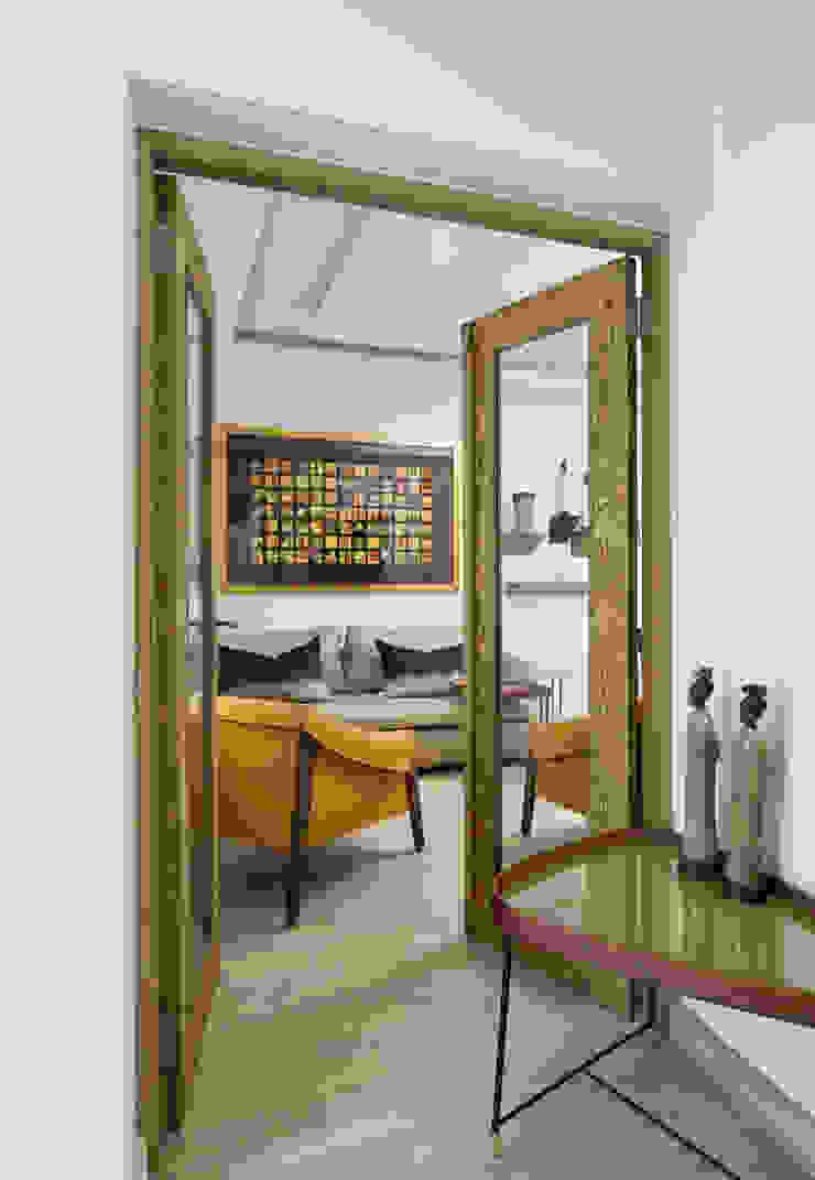 Home Study Entrance by Deborah Garth Interior Design International (Pty)Ltd Modern Wood Wood effect