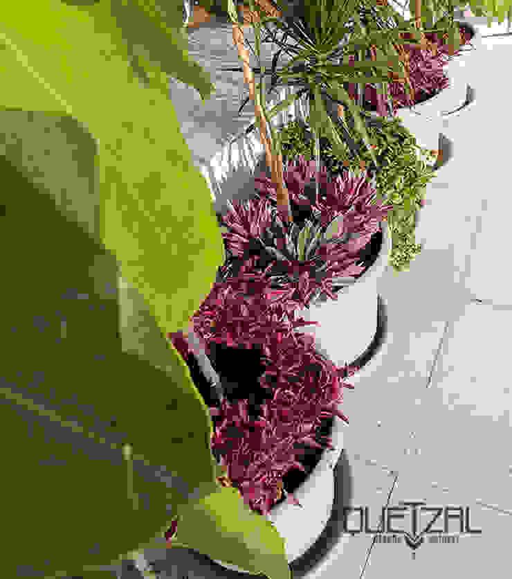 Macetería en terraza Balcones y terrazas tropicales de Quetzal Jardines Tropical