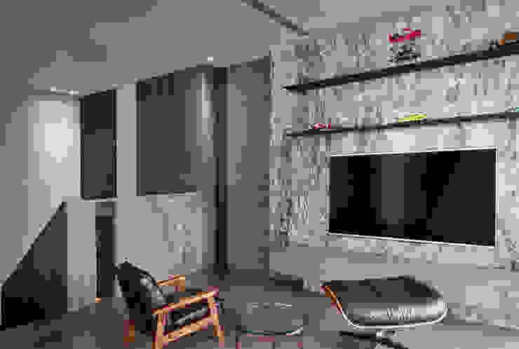 一偶宅 现代客厅設計點子、靈感 & 圖片 根據 WID建築室內設計事務所 Architecture & Interior Design 現代風