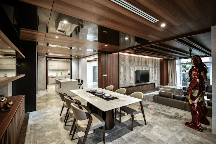 LUXURIOUS HOME Modern dining room by inDfinity Design (M) SDN BHD Modern