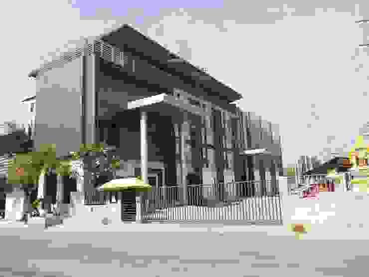 รูปงานตกแต่งภายนอกอาคารที่เสร็จแล้ว โดย สตูดิโอ เอส จำกัด อินดัสเตรียล เหล็ก