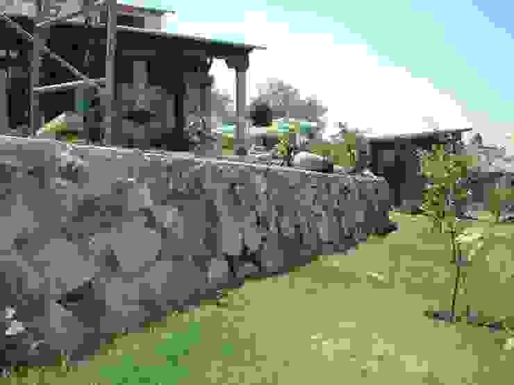 VISTA DE JARDÍN POSTERIOR SERCOYDE SA DE CV Casas de campo Madera maciza Acabado en madera