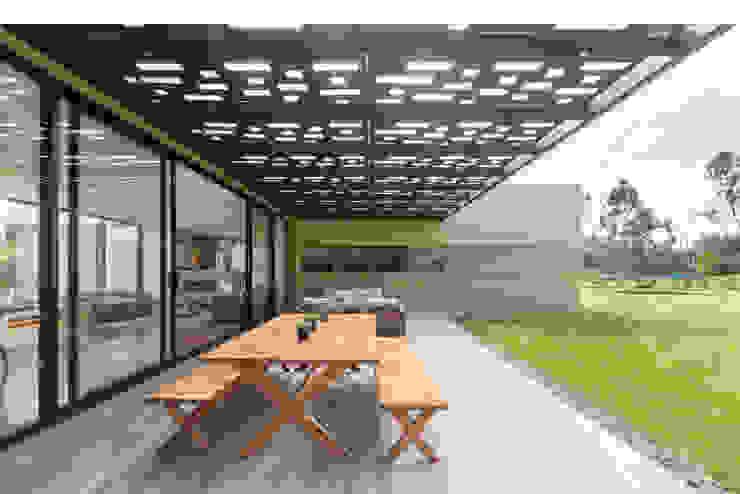 by David Macias Arquitectura & Urbanismo Мінімалістичний