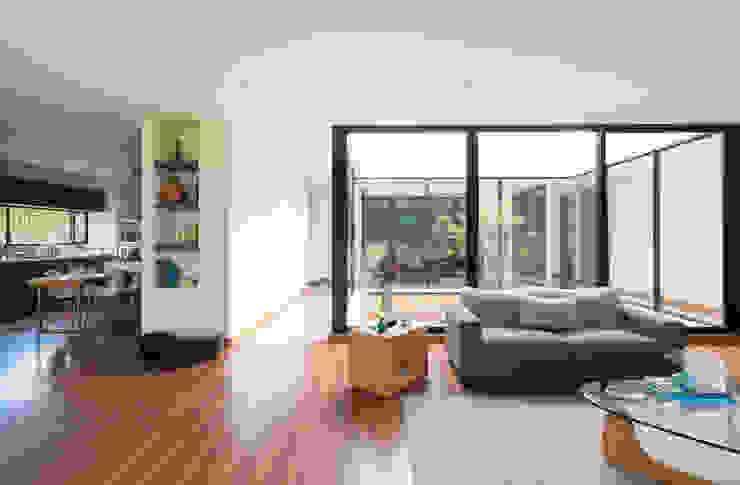 by David Macias Arquitectura & Urbanismo Minimalist