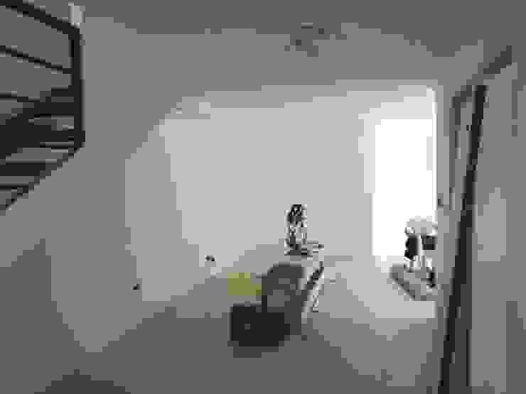 Primer piso MSGARQ Livings de estilo mediterráneo