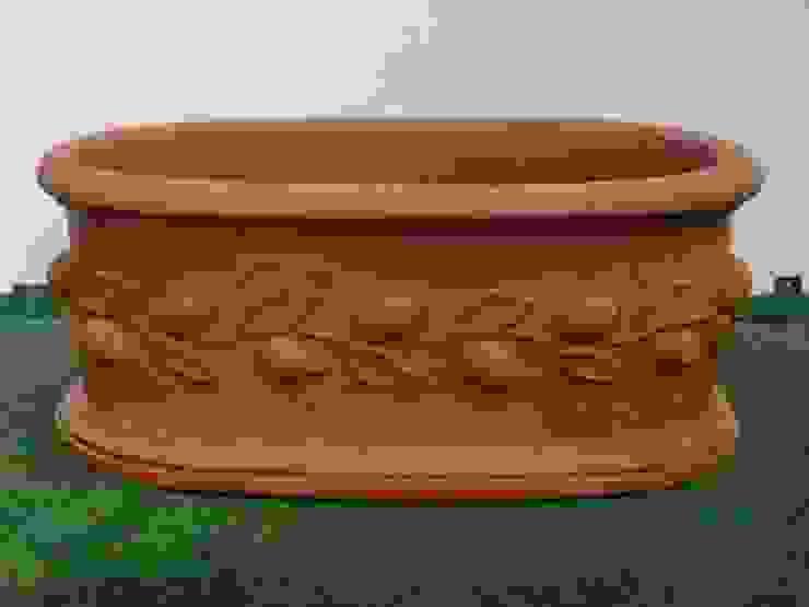 Vasi, fioriere, fontane, statue e tanto altro ancora Tonazzo Srl GiardinoAccessori & Decorazioni