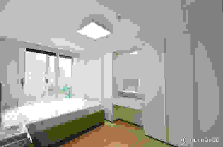 트렌디하면서 고급스러운 모던 클래식한 50평대 아파트인테리어 모던스타일 침실 by 씨엘하우스 모던