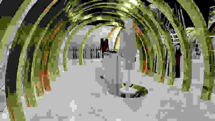 VISTA 2 Pasillos, vestíbulos y escaleras minimalistas de Karla Alvarez - Arquitectura de Interiores Minimalista