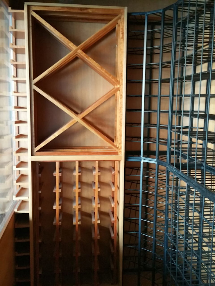 EDR - Adegas Climatizadas Modern wine cellar Solid Wood Wood effect