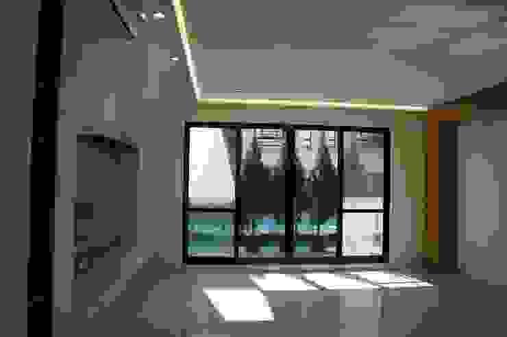 2F客廳 houseda Eclectic style living room Bricks White