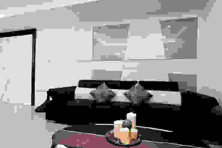 Modern living room by 力豪設計 Modern