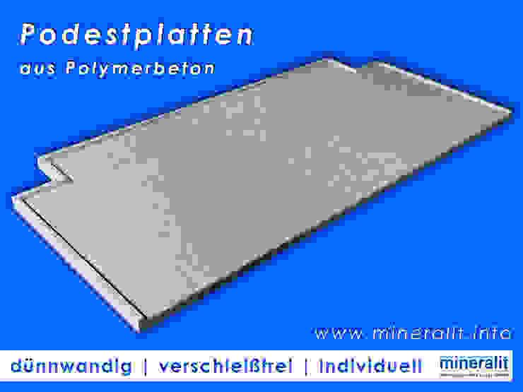 Balcones y terrazas de estilo moderno de Mineralit - Mineralgusswerk Laage GmbH Moderno Piedra