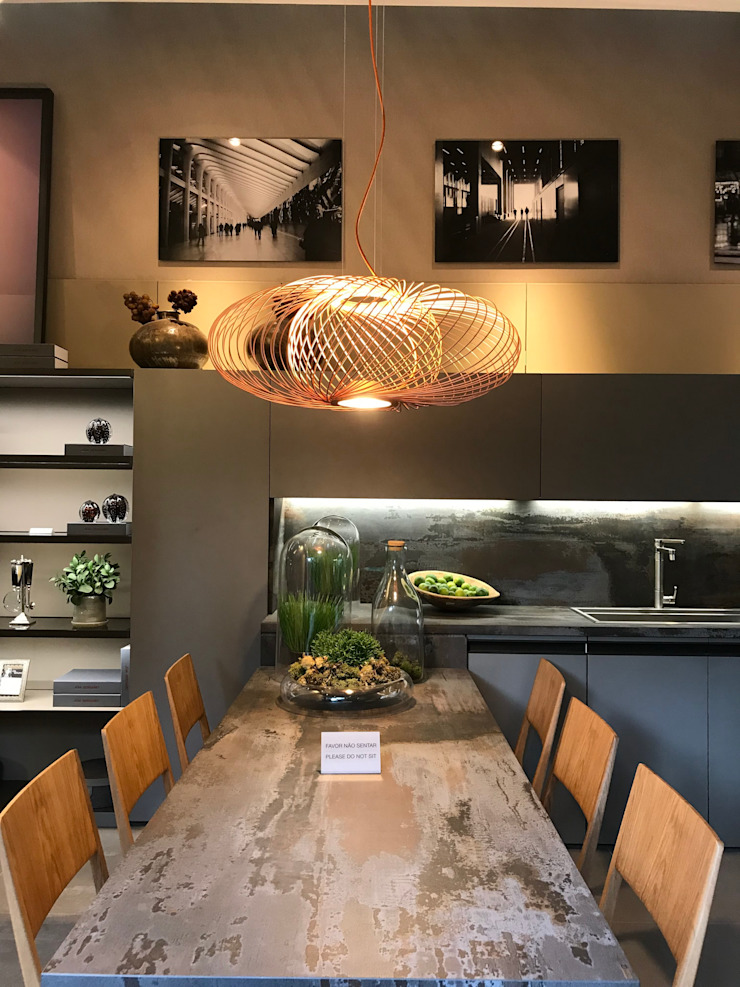 Industrial style dining room by Luísa Nascimento - Homify Industrial