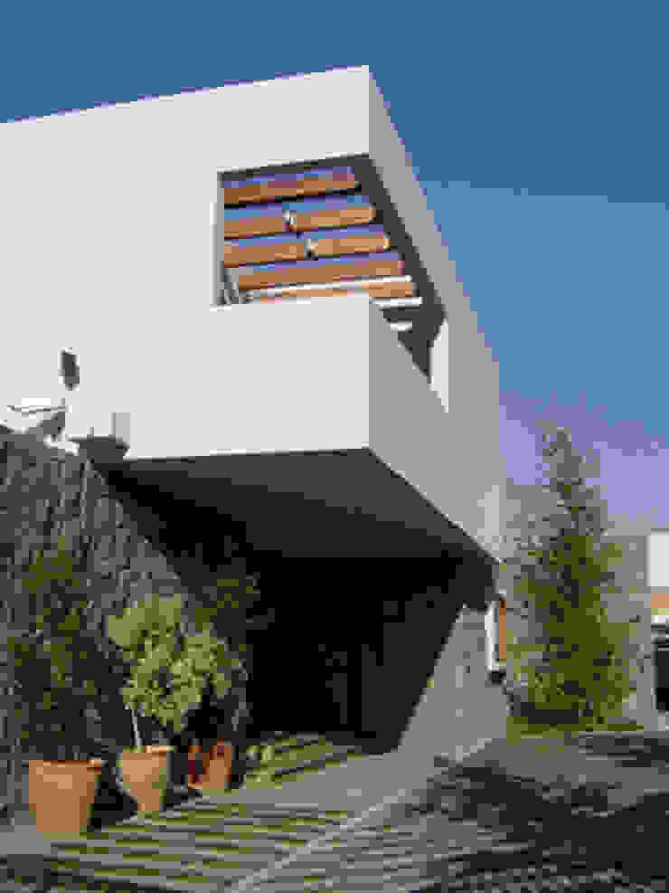 CASA TRUCCO de AOG Moderno Concreto