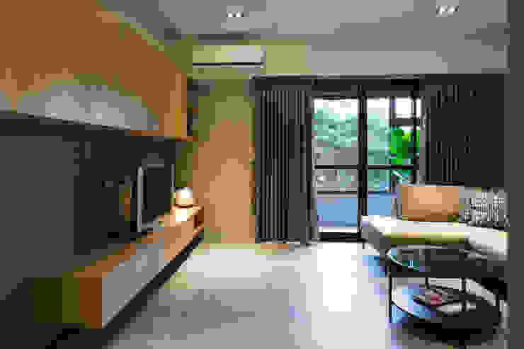 自然簡約-老宅大改造 根據 果仁室內裝修設計有限公司 北歐風