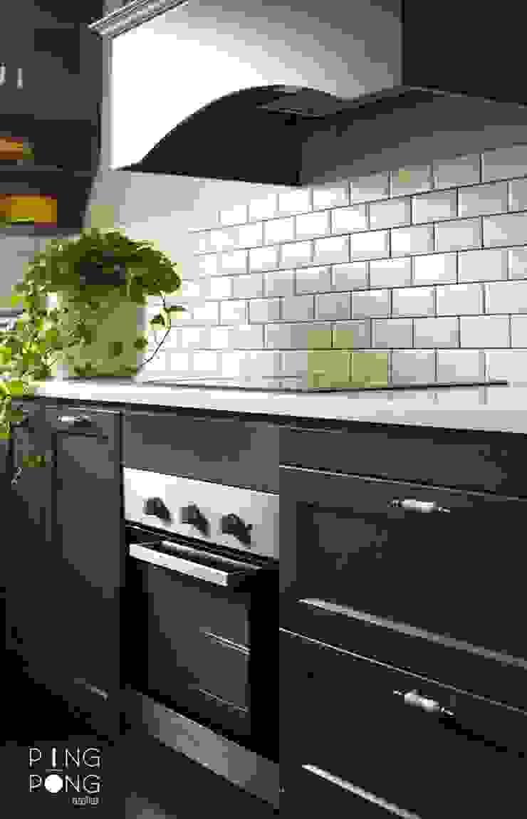 Thiết kế & thi công Bếp Nhà bếp phong cách Bắc Âu bởi PingPong Atelier Furniture Bắc Âu