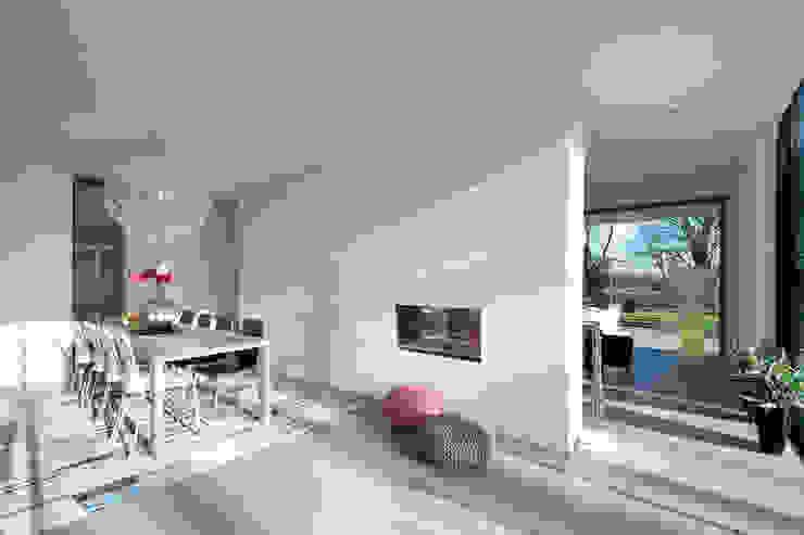 Moderne kubistische woning Twello Moderne eetkamers van Architectuur Studio Wezenberg BV Modern