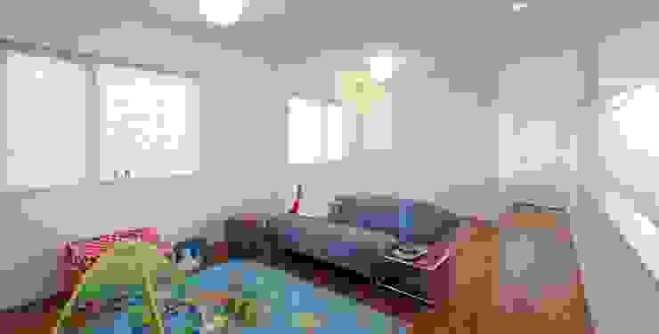 シンプルモダン:こだわりを持つ若夫婦のための家 JWA,Jun Watanabe & Associates モダンデザインの 子供部屋