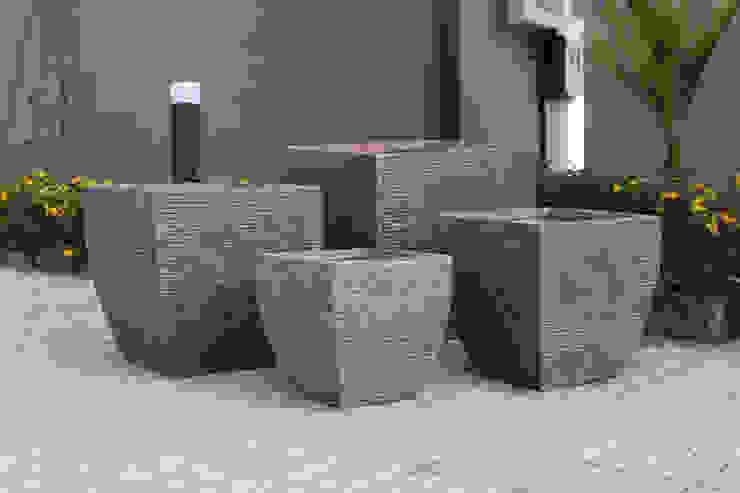 modern  by Glastres Greens, Modern