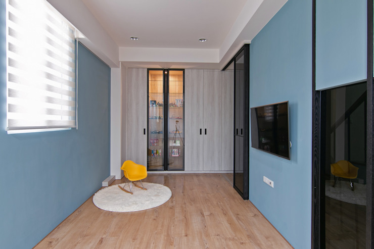 簡潔清雅 现代客厅設計點子、靈感 & 圖片 根據 拓雅室內裝修有限公司 現代風