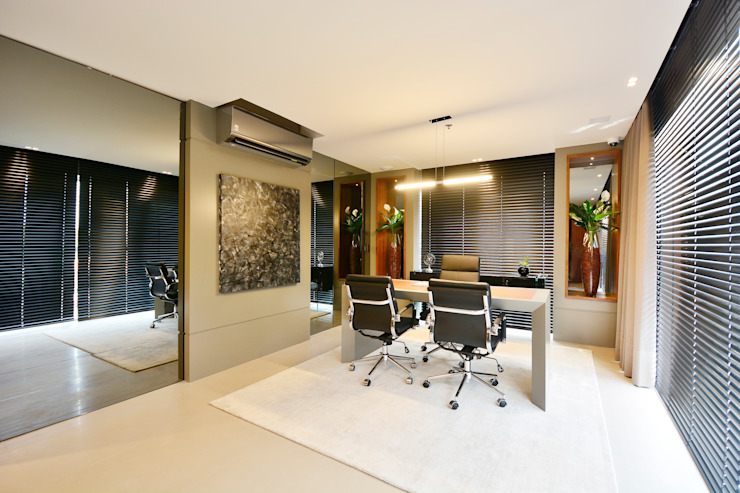 Motta Viegas arquitetura + design Modern study/office MDF Grey