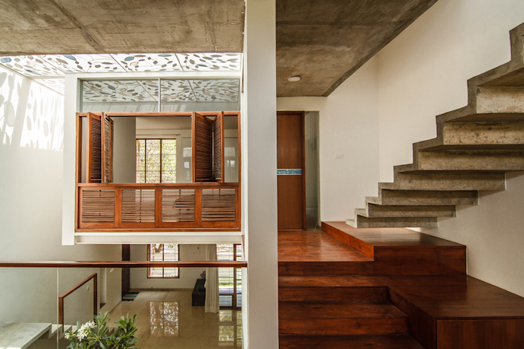 The Floating Cube House Minimalist corridor, hallway & stairs by COLLAGE-architecture studio Minimalist