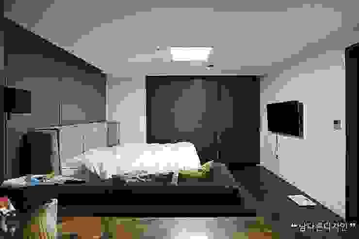 침실 모던스타일 미디어 룸 by 남다른디자인 모던