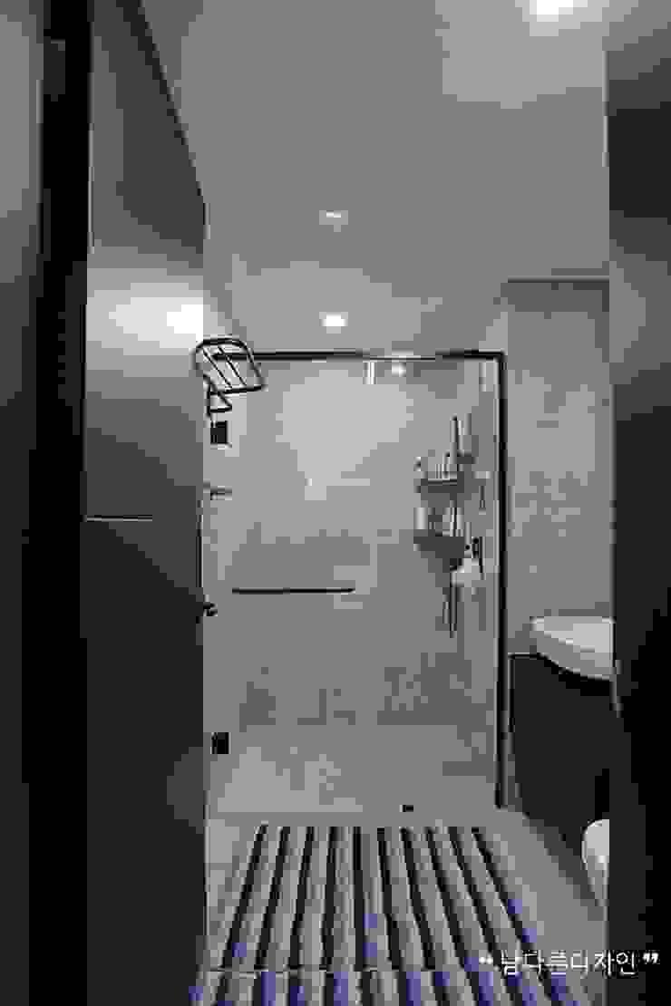 화장실 모던스타일 욕실 by 남다른디자인 모던