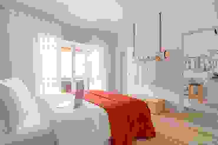 Apartamento Encarnado - Quarto Hotéis modernos por IN PACTO Moderno