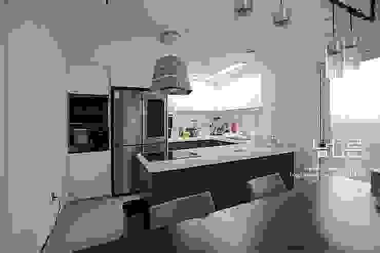 남다른디자인 Modern kitchen