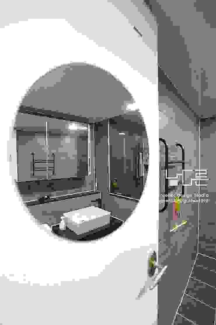 남다른디자인 Modern bathroom