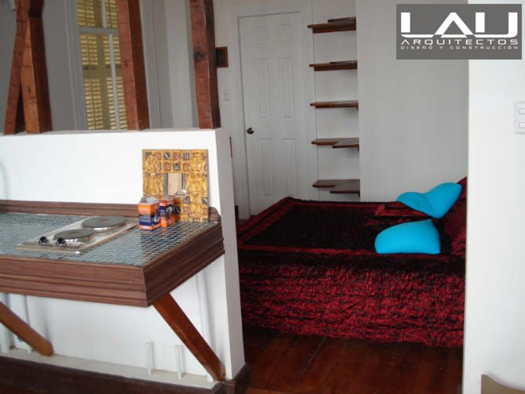 Loft Cerro Alegre Dormitorios de estilo minimalista de Lau Arquitectos Minimalista