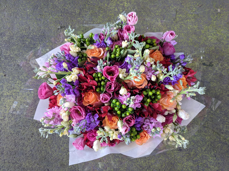 Country bouquet: country  by Flower Station, Country