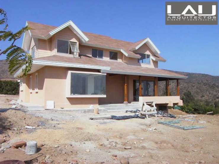 Lau Arquitectos Colonial style houses