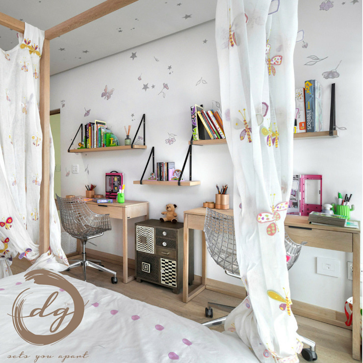 Using White As Base Color In This Gorgeous Kids Room by Deborah Garth Interior Design International (Pty)Ltd Colonial Wood Wood effect