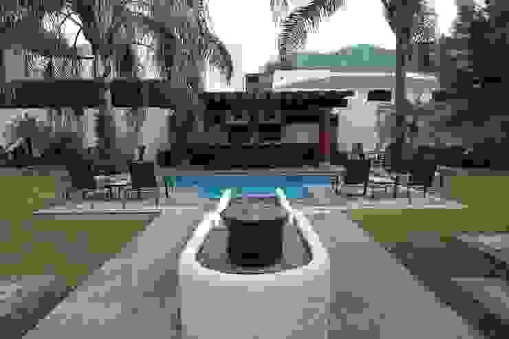 Garden  by Tierra Fría,