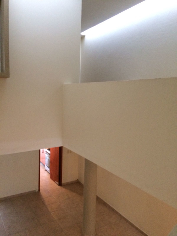 escala1.4 Modern dining room