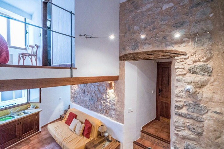 House completely restored in Dalt Vila by ibizatophouse Classic