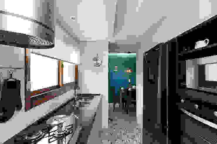 Cozinha Integrada por Rabisco Arquitetura Moderno