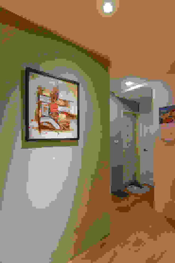 牆面-------大門面牆 根據 致室內設計個人工作室