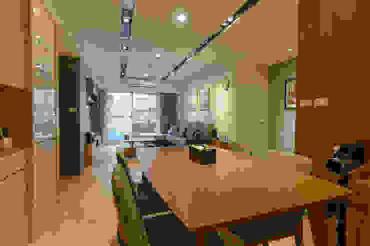餐廳-客廳 根據 致室內設計個人工作室