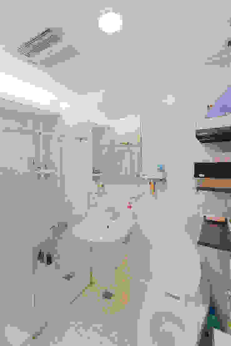 主臥-----衛浴 根據 致室內設計個人工作室