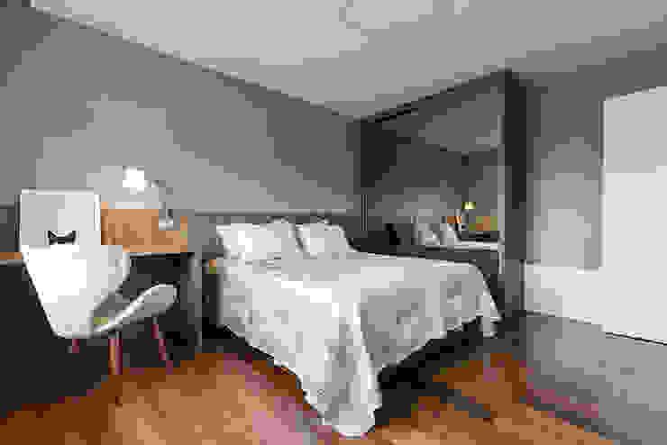 Iluminação de parede Rabisco Arquitetura Quartos modernos MDF Efeito de madeira