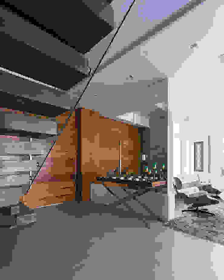 Rabisco Arquitetura Stairs Glass Wood effect